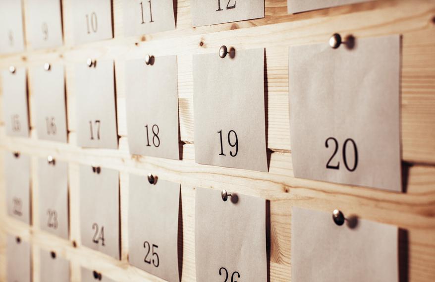 Push pin calendar