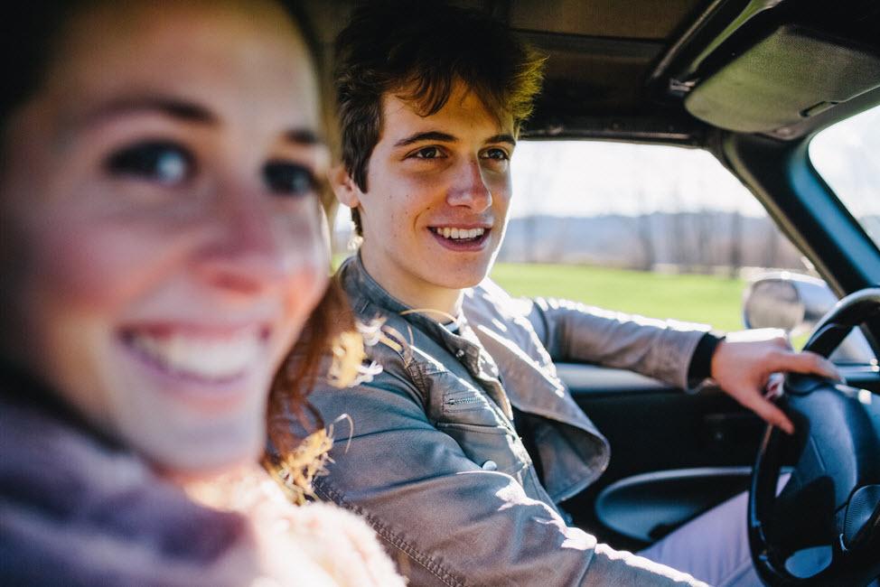Peer to peer car sharing